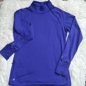 Athleta size M pullover running top